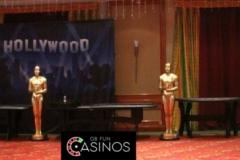 tn_Hollywood Full Props