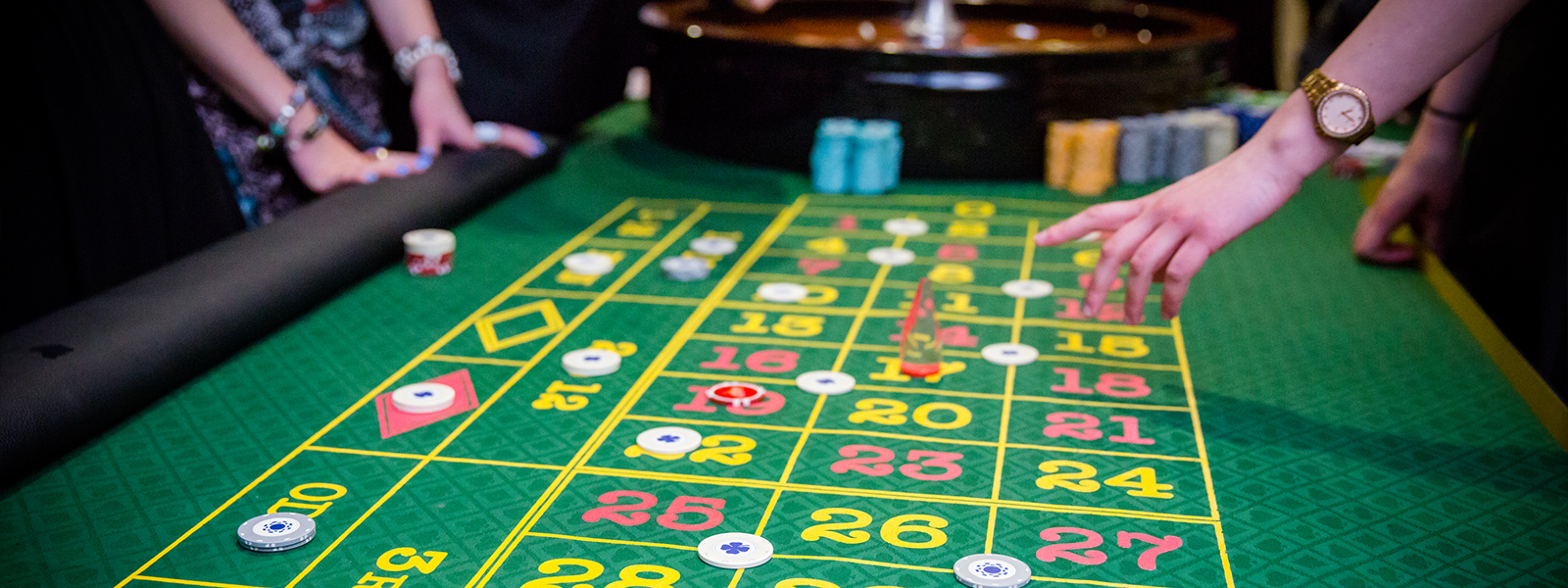Hire a casino table the platform 2 player games
